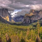 Yosemite Valley from Tunnel View by Justin Baer
