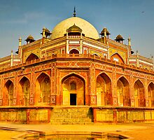 North India - Humayun's  tomb - New Delhi 5 by Geoffrey Thomas
