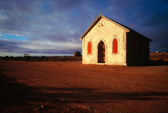 Silverton Methodist Church  by 4thdayimages