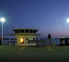 Bondi Twilight by juellie