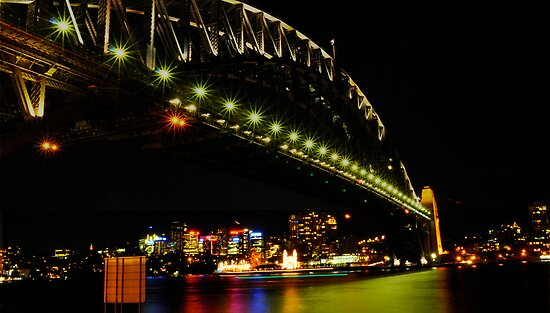 Sydney harbor bridge by Matt kelly.