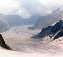 Glacial Moraines - Jungfrau, Switzerland by leystan