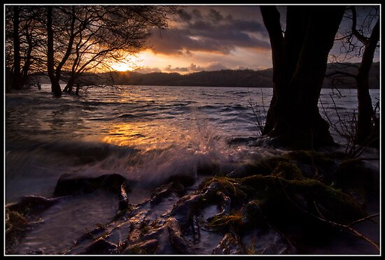 Windermere splash!! by Shaun Whiteman