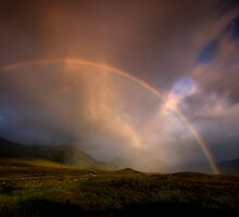 Rainbow over  Buachaille Etive Mor, Glencoe by David Mould
