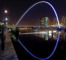 Nightime at Gateshead Millenium Bridge by AJ Airey