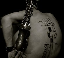 Saxo... by SaddiKt