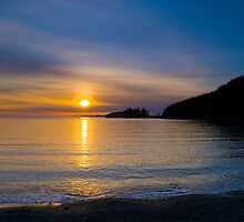 Bowman Bay Sunset by RavenFalls