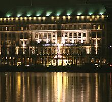 The Fairmont four seasons Hotel by Dirk Pagel