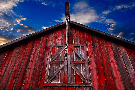 Red Barn by MKWhite