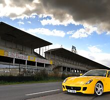 The Ferrari 599 .... by M-Pics