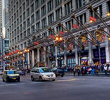 Chicago Macy's by Sue  Cullumber