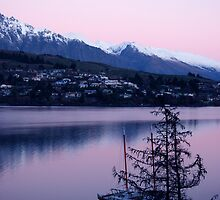 Sunrise at Lake Wakatipu, Queenstown, New Zealand by Nicola Clarke