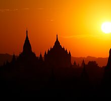 Perfect Bagan Sunset by Adam Martin