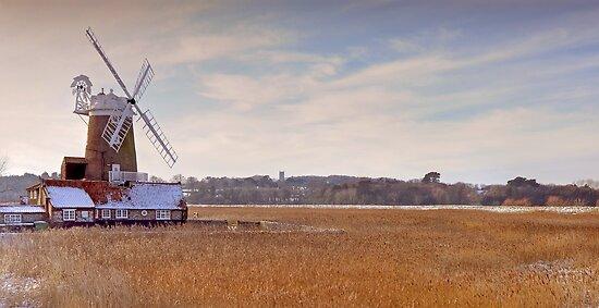 Cley Windmill, Norfolk by Richard Heeks