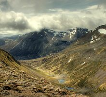 Lairig Ghru and The Pools Of Dee by Jamie  Green