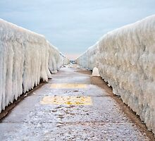 Ice Vanishing Point by JKunnen