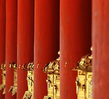 The temple of red columns and golden lanterns by eduardoaffonso