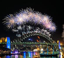 Sydney New Year Eve 2009 Fireworks by Gino Iori