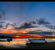 Low Tide Rising Sun by fischstarr