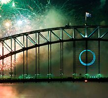 Sydney Harbour bridge New Years Eve 2010 by Colleen Sattler