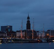 Blue hour in Hamburg - II by Britta Döll