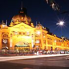 Flinders St Station by Gary Cummins