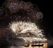 Sydney New Year Eve 2009 Fireworks - Light in the darkness by Gino Iori