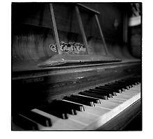 Piano by glynnj85