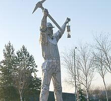 Giant sculpture of a miner 1 by JohnT