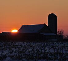 Sun disappearing behind the barn by mltrue