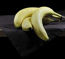 Three Bananas by carlosporto