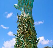 Holocaust memorial Miami Beach by Jaime Pharr