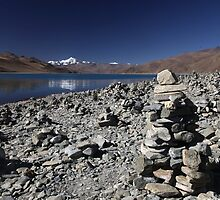 Highest lake in Tibet by Peter Voerman