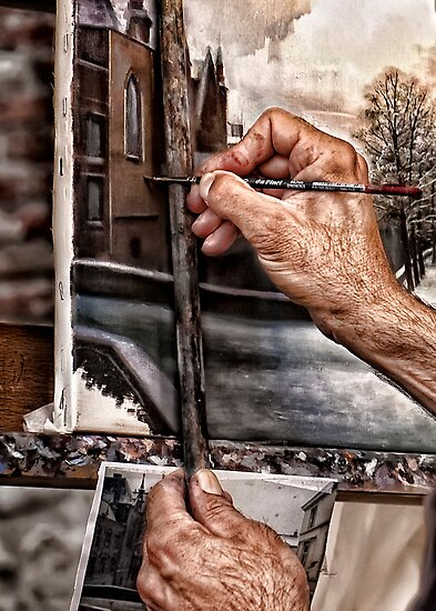 A Painter's hands by PhotoAmbiance