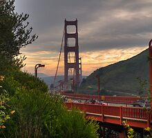 Golden Gate Bridge from Vista Point by fwump38
