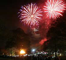 Hopetoun House Fireworks by Sara-Jane  Keeley