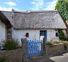 Thatched cottage in Brittany   2 by 29Breizh33