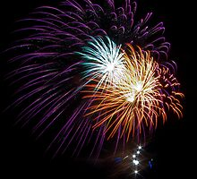 Busselton Fireworks by Julia Harwood