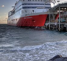 Spirit of Tasmania II • Melbourne • Victoria by William Bullimore