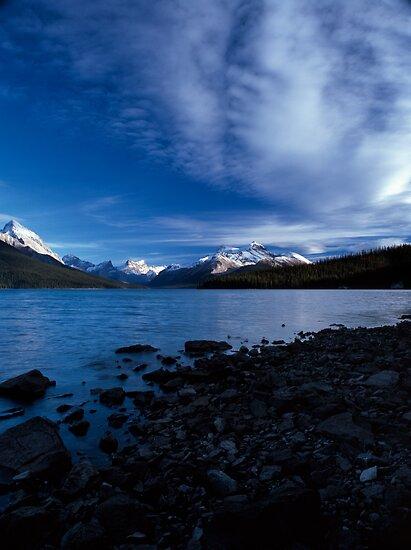 Maligne Lake, Alberta, Canada by hinomaru