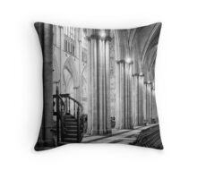 Of silent hopes and power trading Throw Pillow