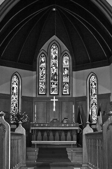 St. Paul's by Anne McKinnell