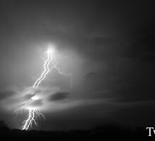 Twins - Central Queensland Lightning Strike by Gryphonn