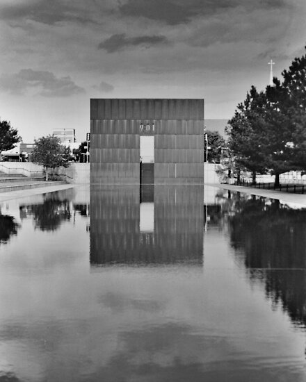 OKC Memorial 9:01 by Stephen Thomas
