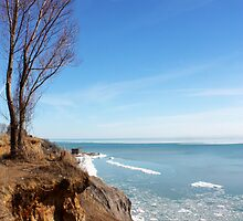 Hawk's Cliff in the winter! by katievphotos