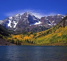 Maroon Bells and Maroon Lake by Mike Norton