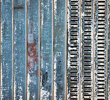 metal door by dominiquelandau