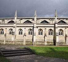 Gloucester Cathedral gardens by rjan3