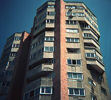 Romanian Building by MoiMM