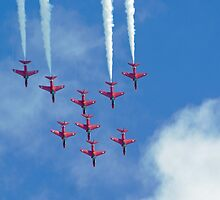 Red Arrows at Cosford 3 by Len Slack